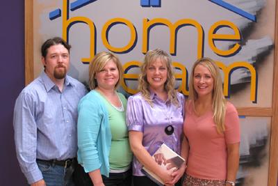 kjzz-chris-heidie-laura-julie-hometeam-7-08-400pix.jpg
